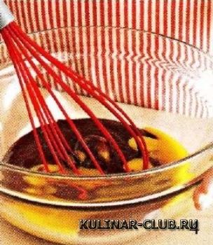 Шоколадный пудинг с соусом