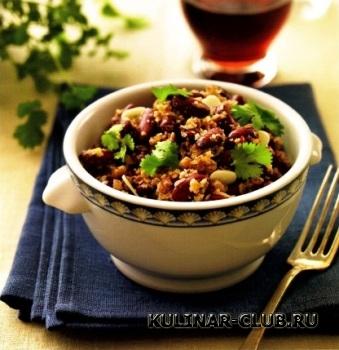 Фасоль с грецкими орехами