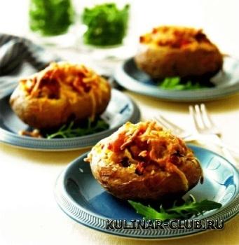 Картофель, фаршированный шкварками