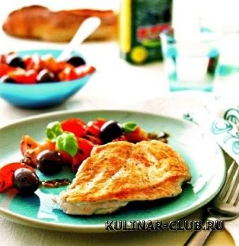Цыпленок с томатами и маслинами