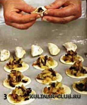 Вареники с капустой и грибами