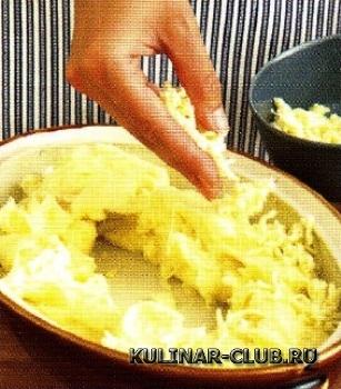 Лосось со шпинатом и картофельным пюре