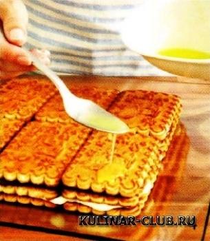 Торт с творогом и изюмом
