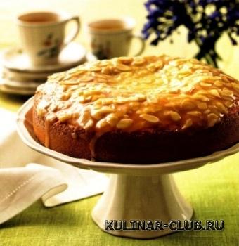 Пирог с миндальной глазурью