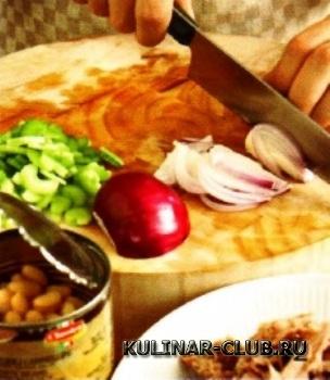 Салат из картофеля, тунца и хрена