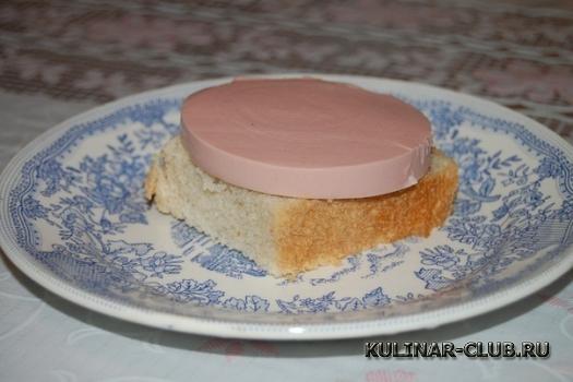 Бутерброд с колбасой за 1 минуту