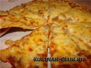 Пицца с грибами «Три сыра»